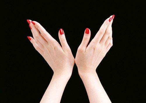 Làm đầy mu bàn tay là gì? Cách nào Làm đầy mu bàn tay an toàn?