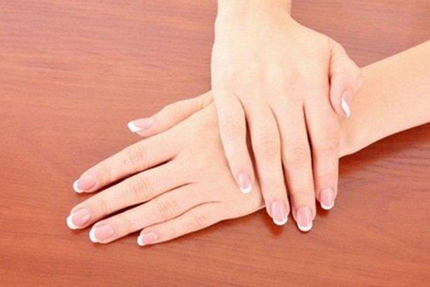 Cần làm gì để chăm sóc bàn tay bớt thô ráp, thiếu sức sống?